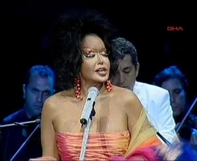 Şarkıcı Linet, Arto ve Kıbrıs