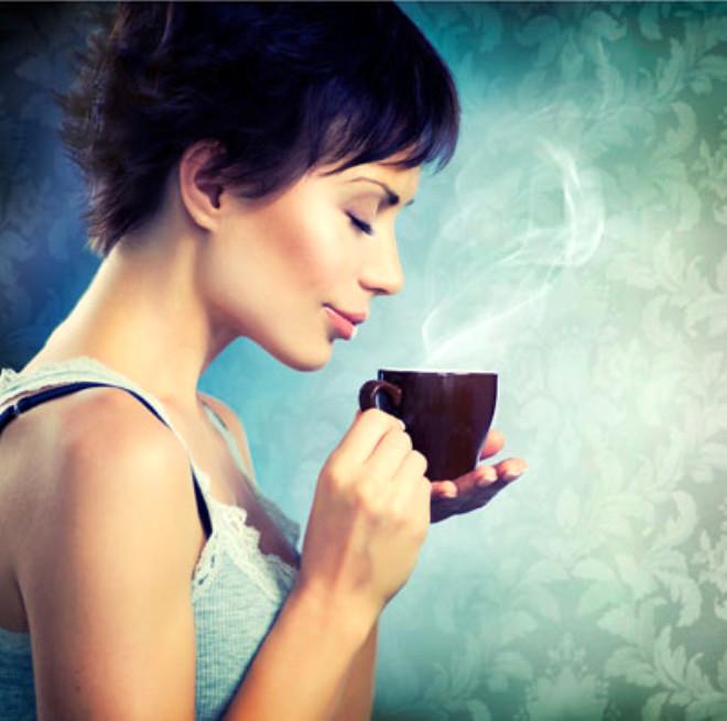 Diyet yaparken kahve içmeli misiniz? Bu soruyu diyet yapan herkes sormuştur. İşte o çok sorulan sorunun cevabı...