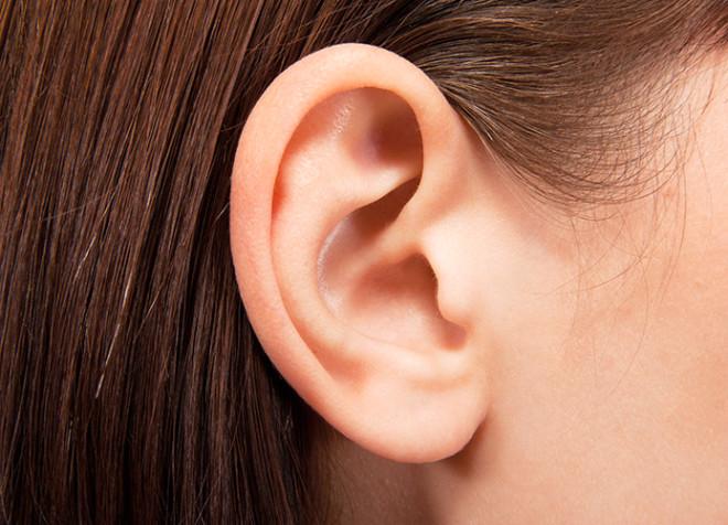 YANLIŞ: Kulak yıkanmaz; yıkanırsa alışkanlık yapar.<br /> DOĞRU: Kulak kiri işitme kayıplarına neden olabilir, bu nedenle kulak yolunun temizlenmesi gerekir. Halk arasında kulakları yıkamının ve temizlemenin düşüncesi yanlıştır.