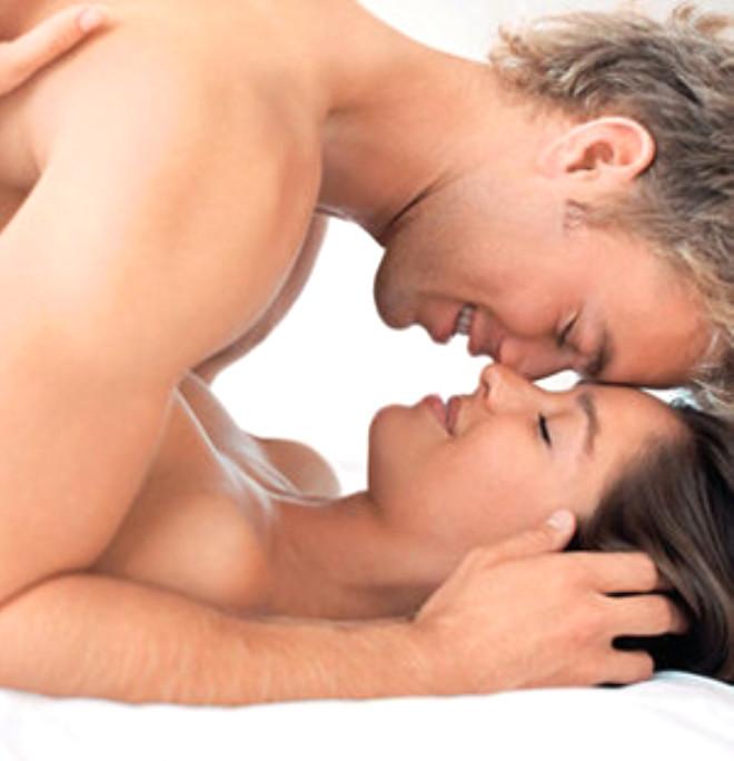 Odaklanın: Seksi bir eylem olarak görmeyin. Huzur bulacağınız ve zevk alacağınız bir şey olduğuna beyninizi odaklayın.