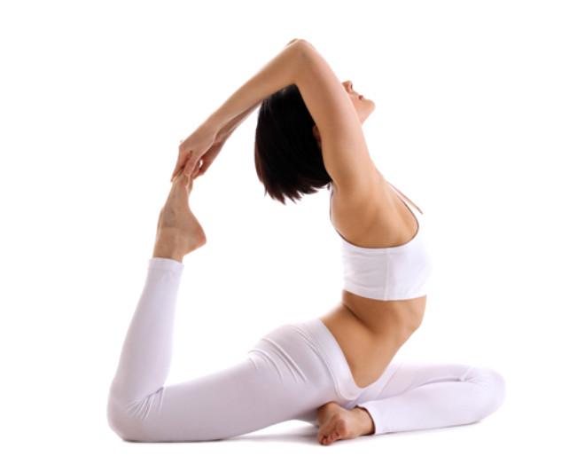 7. Iyengar Yoga: Yogaya yeni başlayanların tercih ettiği duruşların kolay ve geçişlerin yavaş olduğu çeşididir.