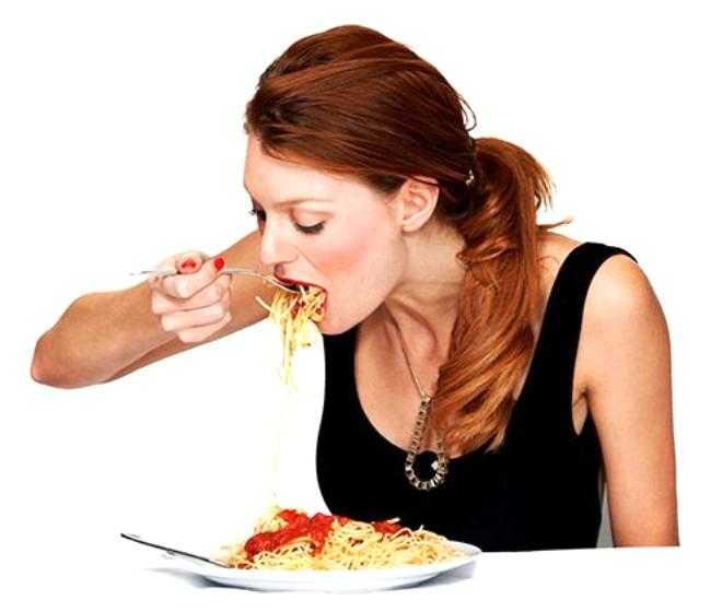 Bunun yollarından biri de daha lezzetli ama daha az sağlıklı ya da sağlıksız olan yiyeceklerden tüketmek. Bunun yerine stresinizin kaynağına yönelin. Enerjinizi kilo vermeye çalışmak yerine stresinizi azaltmaya harcamanız çok daha mutlu edecek sizi!