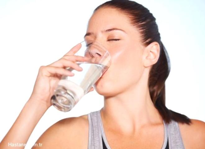 Sıvı tüketimine dikkat edin. Mümkünse günde 8-10 bardak sıvı tüketin.