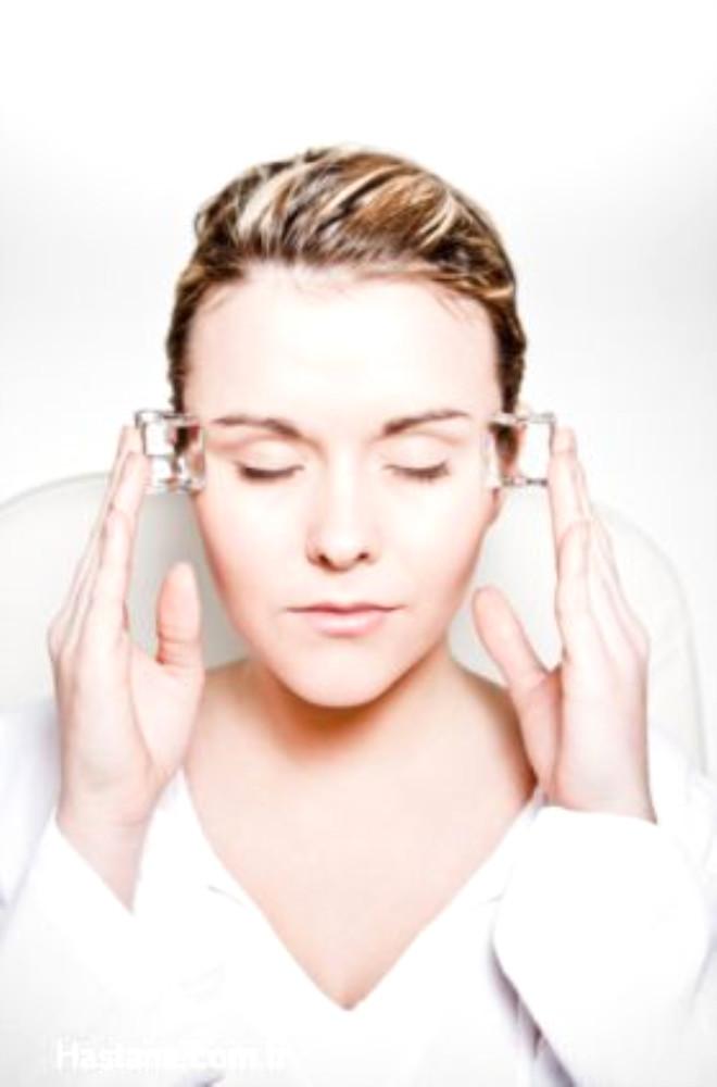 Baş ağrısı toplumda sık olarak görülen bir şikayettir. Hayatının herhangi bir döneminde baş ağrısı çekmeyen insan yoktur.