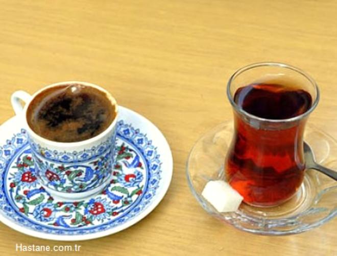 Çaya kahveye düşkün bir milletiz. Peki üzerimizdeki etkilerini biliyor musunuz?