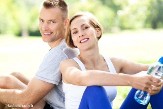 Kas gücünü, vücut dayanıklılığını ve fiziksel performansı arttırıyor ve bu nedenler kas artışı sayesinde yağ yakışını hızlandırıyor.