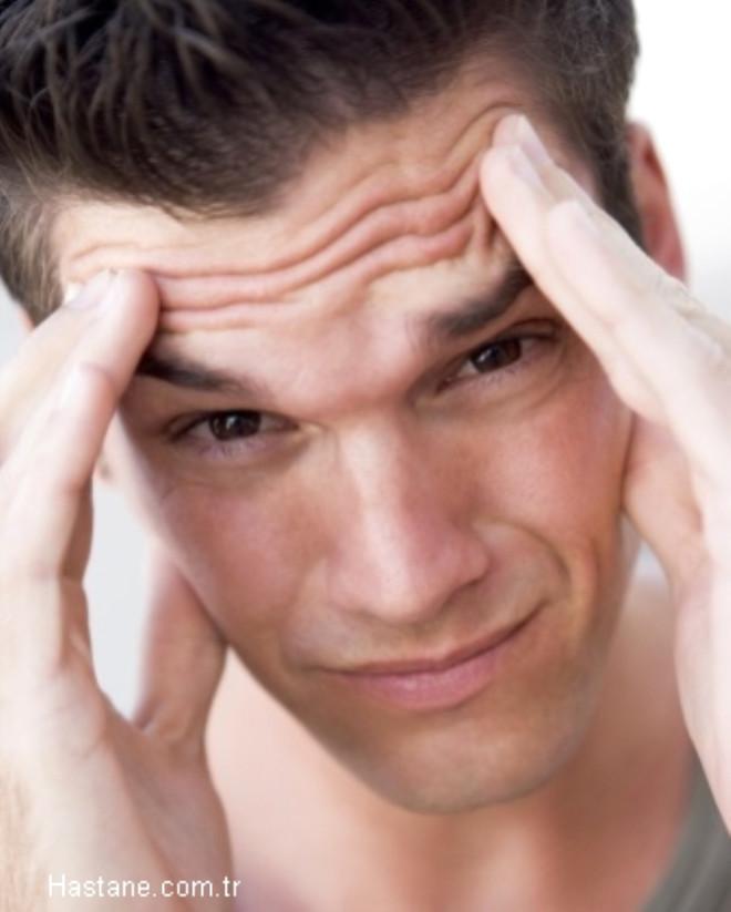 Baş ağrısı: yukarıda belirtilen kas ağrısı zaman zaman baş ağrısı şeklinde kendini gösterir.