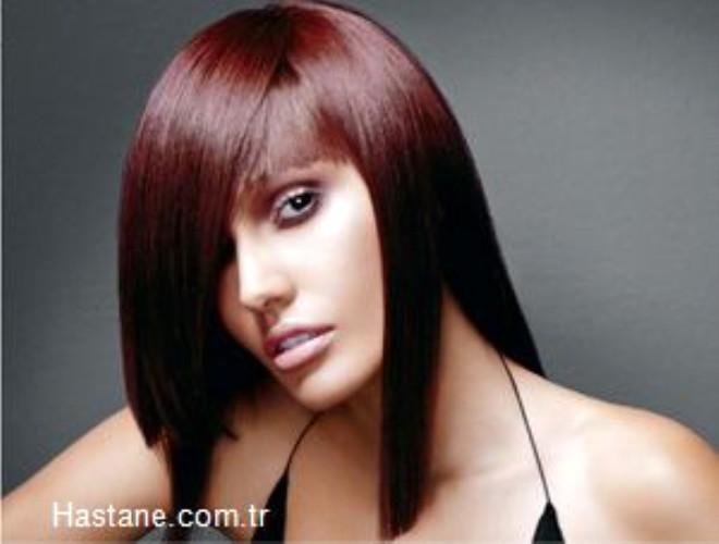 Başımızda bulunan ortalama 100 bin saç teli her ay 1 cm. uzuyor. Her gün ortalama 100 saçımız dökülüyor.