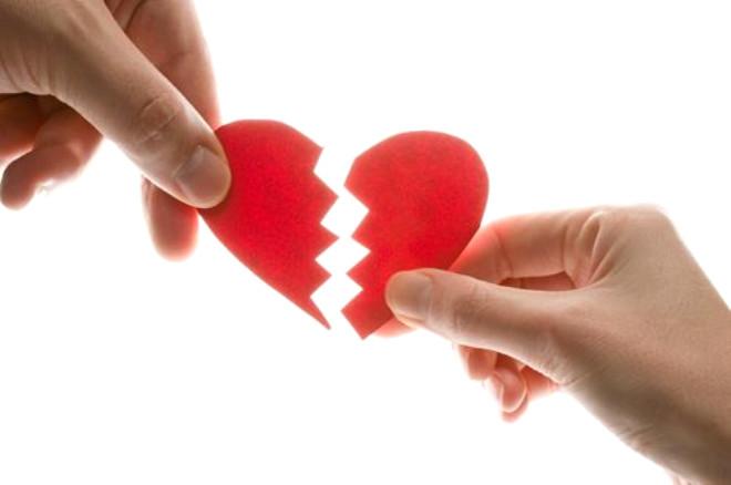 Partneriniz, taleplerinize eskisinden daha mı duyarlı? Bu, suçluluk duygusunu bastırmaya çalışmasından kaynaklanabilir. Aşırı ilgi, başka bir ilişkinin yeni başladığının göstergesi niteliğindedir.