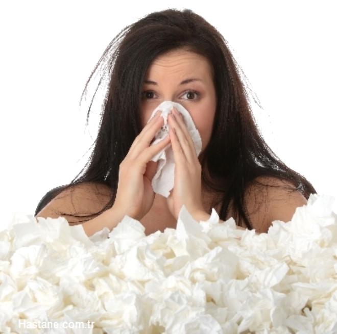 Kışın sert yüzünü iyice gösterdiği şu günlerde soğuk algınlığından korunmak için yapmanız gerekenleri biliyor musunuz?