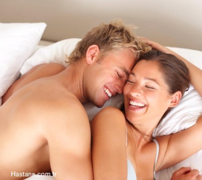 Doğal makyaj etkisi: Cinsel ilişki adeta doğanın makyajıdır. Günde 15 dakikalık cinsel ilişki, yanaklarınızın doğal rengine kavuşmasına, dudaklarınızın kırmızılaşmasına ve cildinizin parlamasına yardımcı olur.