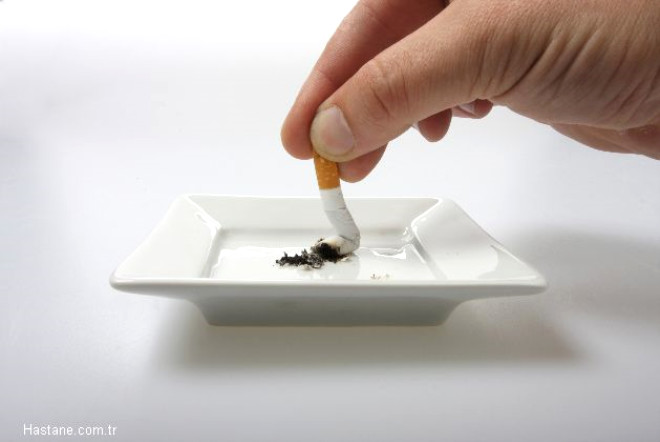 Memorial Şişli Hastanesi Kalp ve Damar Cerrahisi Bölüm Başkanı Prof. Dr. Bingür Sönmez, Ramazan ayının bu yıl uzun ve sıcak günlerde denk gelmesi nedeniyle sigaranın yaratacağı akut nikotin ve karbonmonoksit zehirlenmesi konusunda bilgi verdi.