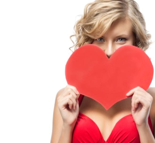 Vücudumuzda tüm organların bir işlevi ve vazgeçilmez görevleri var. Ancak kalbin yeri başka. Kalp adeta hayatın aynası. Kalbin sağlığı ya da sağlıksızlığı bu aynanın yansıttığı görüntülerden kaynaklanıyor.