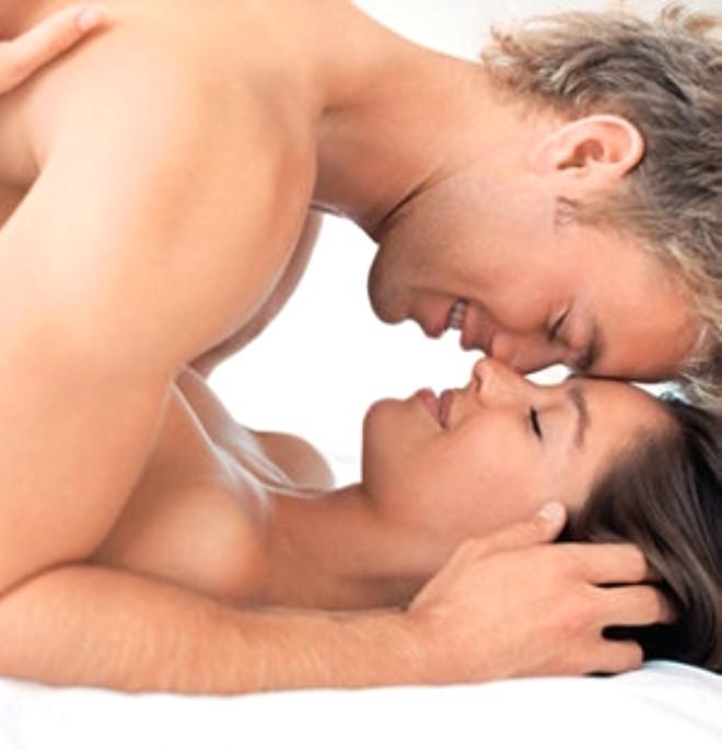 Beklenti: Erkeklerin yatakta beklentilerini yüksek tutması ve kadını istemediği şeyleri yapmak zorunda bırakması da kadınları yataktan soğutmada önemli rol oynar.
