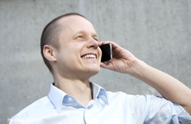 Gün içinde bekleme sürelerinde cüzdan, çanta, evrak düzenlemek, çok uzun süredir görüşemeyip aramaya fırsat bulunamayan kişilerle telefonla görüşmek gibi daha önce ertelenen işler yapılabilir.