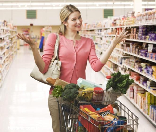 """Eğer hipertansiyon gibi sağlık probleminiz varsa mutlaka satın aldığınız hazır ürünlerin etiketlerini okuyunuz. """"Tuzsuz"""" ya da """"tuzu azaltılmış"""" besinleri tercih ediniz."""