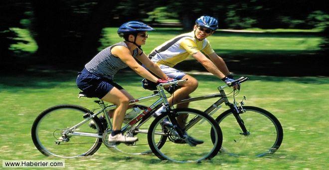 Bisiklet - Dizinizden herhangi bir sakatlığınız yoksa temponuza bağlı olarak 1 saat içerisinde yaklaşık 700 Kalori yakabilirsiniz.