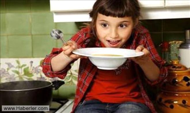 Sofralarımızdan hiç eksik olmayan, Türk mutfağının başlıca yemeklerinden çorbalar, kansere, sindirime, kolesterole ve bunun gibi binbir derde çare olduğunu biliyor musunuz? İşte sofraların sultanı çorbaların faydaları...