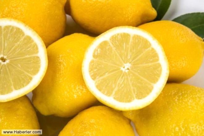 C vitamini içeren limon cilde de iyi gelir. Limonu cildinize veya ellerinize sürerek daha parlak ve beyaz bir cilt elde edebilirsiniz.