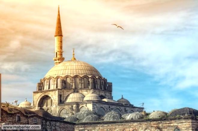 Ramazan ayının gelmesiyle birlikte insanların en çok soru sorduğu konu şüphesiz