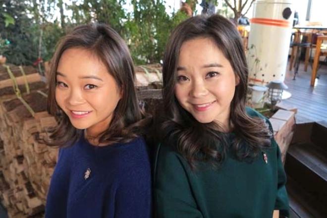 Sosyal medyanın gücü bir kez daha kanıtlandı. Doğdukları an ayrılan Güney Koreli ikiz kardeşler 25 yıl sonra birbirlerine tesadüfen gördükleri bir video sayesinde kavuştu.