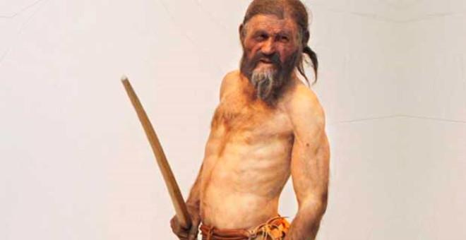 Ötzi ilk defa 1991 yılında keşfedildi. Bilim insanları 10 yıl sonra da omzuna saplanmış olan taş ok başını buldular. Ancak araştırmacılar birkaç ay önce üst düzey bir dedektifin yönettiği bir soruşturma sonucunda, Ötzi