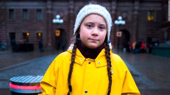 """İklim değişikliğine karşı hareketin sesi haline gelen Greta """"Hâlâ oy verecek yaşta değilim, sesimi ancak böyle duyurabilirim"""" diyor."""